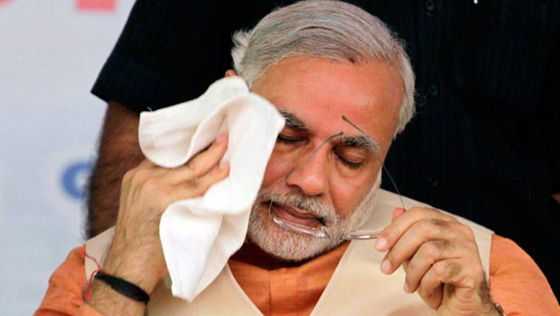 modi feeling sad because common people troubles in money changing