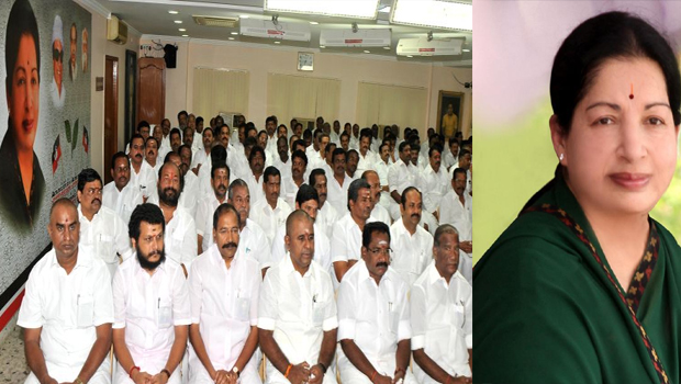 anna dmk party mlas and ministers meeting in apollo hospital