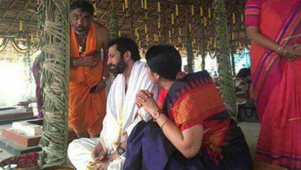 tv9 ravi prakash Worshiped god with his family