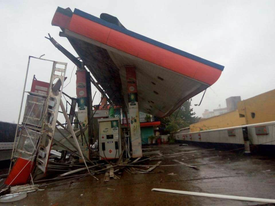 wardha cyclone in chennai images